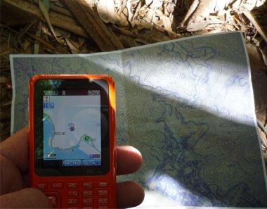 ケータイのGPSで現在地を確認