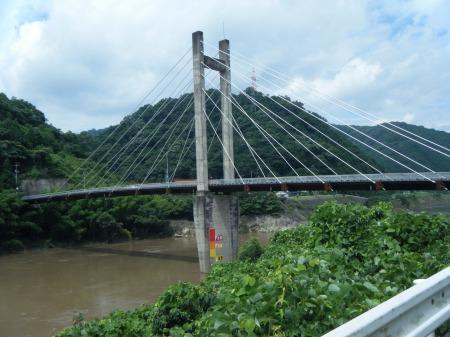 斜張橋、高梨大橋