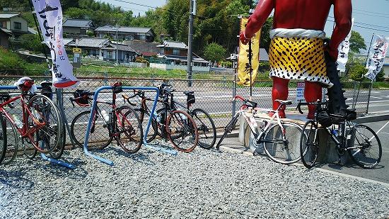 サイクリスト多数