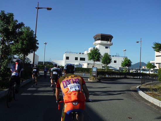 空港きたー