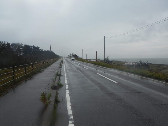 ずーっと海沿い道