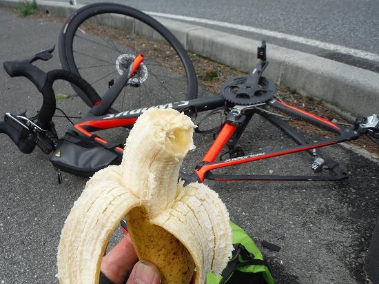 Roubaix初パンク