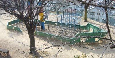 ヘリテージ・長の木公園の遊具